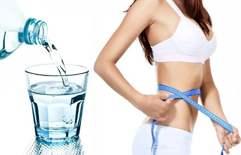 How Drinking Water Helps to Lose Weight
